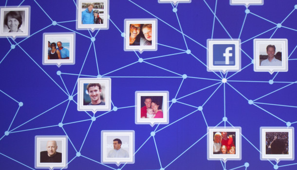 Facebook Rewards Bug Hunter $10,000, Sync Photo vulnerabilità fisso