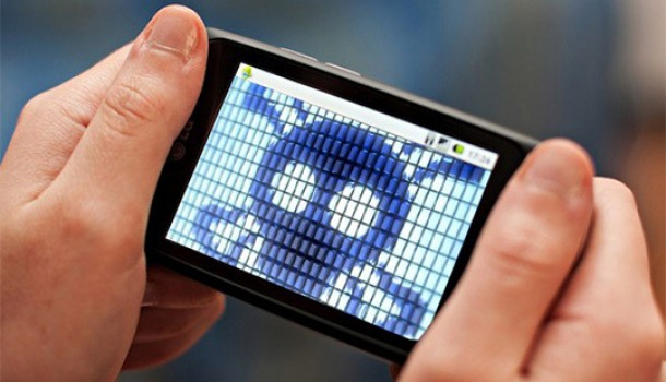 The Mobile Malware Hype –Exaggerated or Justified